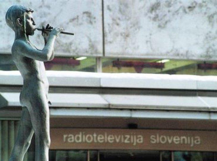 20101207 rtv Referendum on RTV Slovenia, Part One: More Cowbell!